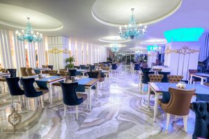 TRAAZURADE_AVSA-RESTAURANT-BLUE-SIDE